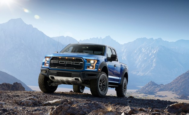 2017-ford-f-150-svt-raptor-120-626x382