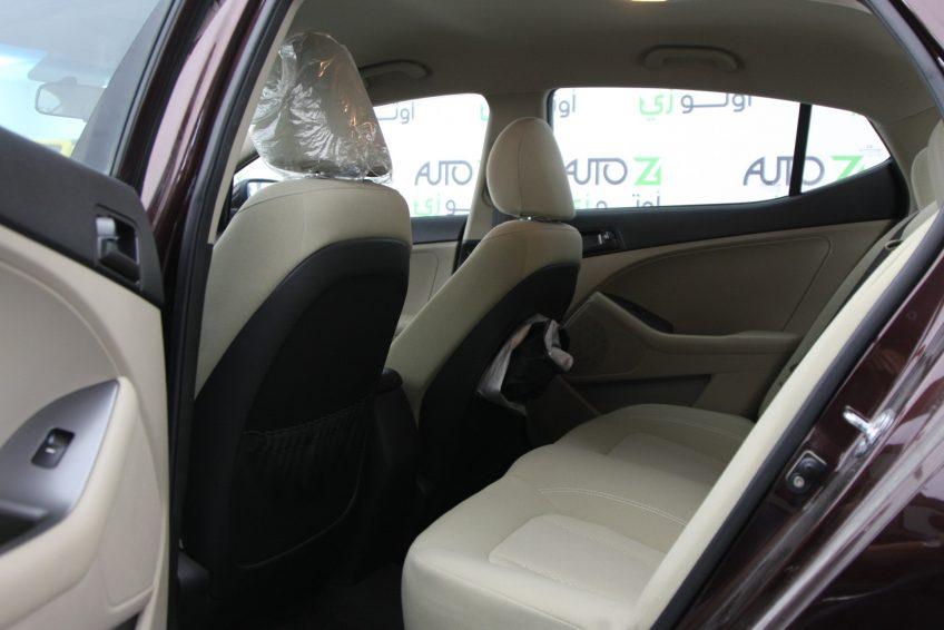 صورة المقاعد الخلفية لسيارة كيا اوبتيما مستعملة من اوتو زي قطر
