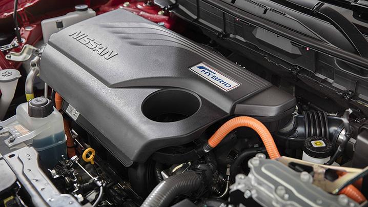 nisan rouge engine